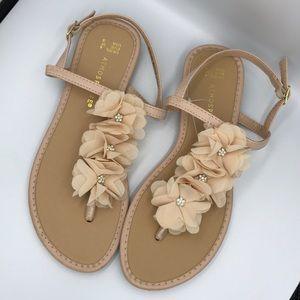 Atmosphere Cream Rhinestones Flats Sandals 6 EUR37